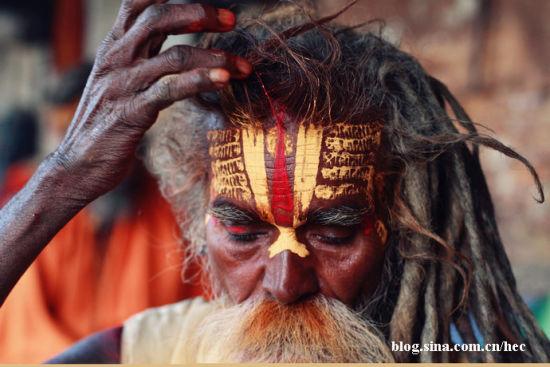 绝对震撼尼泊尔:吸大麻的烧尸庙苦行僧