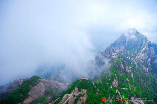 黄山:云雾之巅的绝美画卷(组图)