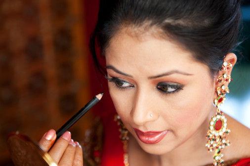 印度男人眼中的标准美女眼神要勾魂秀发要丰盈