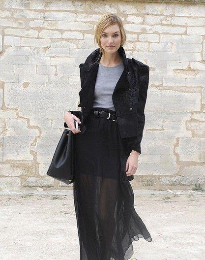 短外套+黑色透视长裙