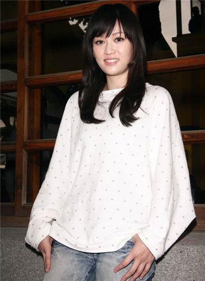 新《笑傲》东方姑娘陈乔恩春日美搭