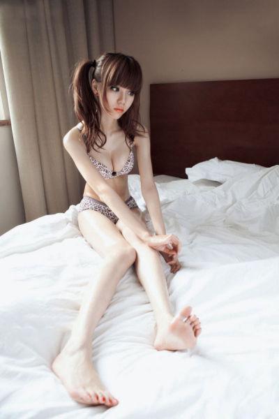 靓丽美女叶梓萱诱人生活照
