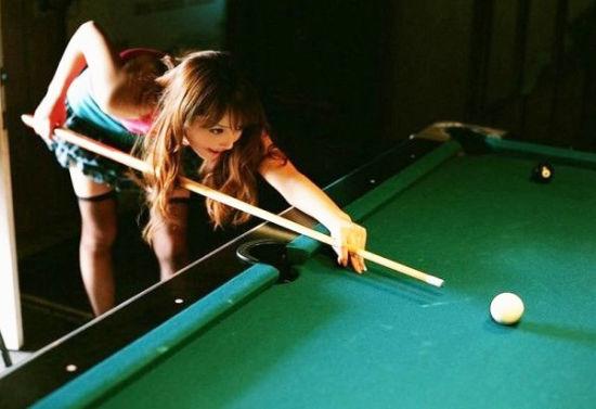 希最新性感写真 化身黑丝台球女郎