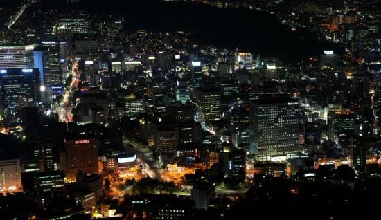 东京新宿:神秘的牛郎一条街