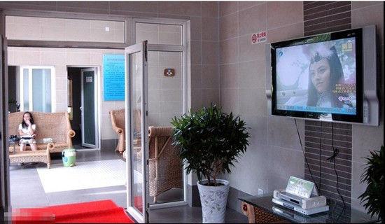 中国豪华厕所大PK 江西婺源公厕叫 舒园