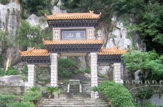 旅游 新鲜旅攻略 正文     2,九江鞋山   鞋山风景区位于江西省湖口县