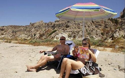 回归自然裸晒无罪法国蒙塔利维天体海滩