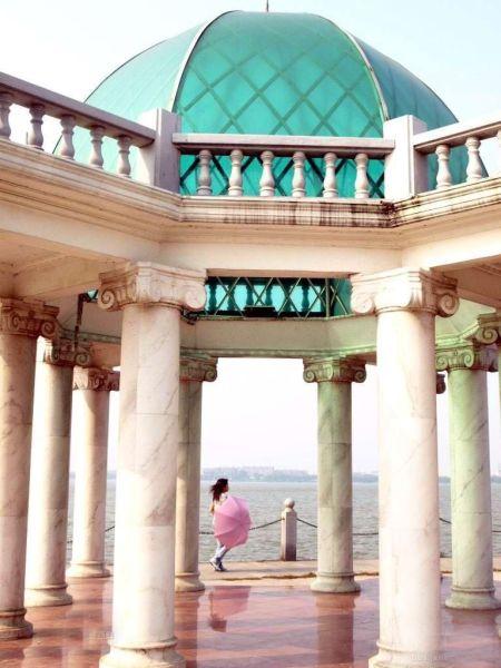 南昌燕鸣岛公园; 燕鸣岛公园; 伊斯兰风格的亭子