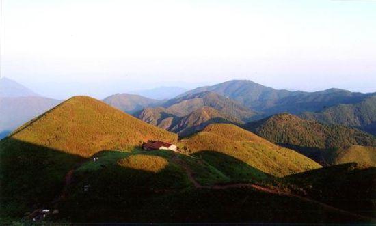 赣州宁都连华山风景图片