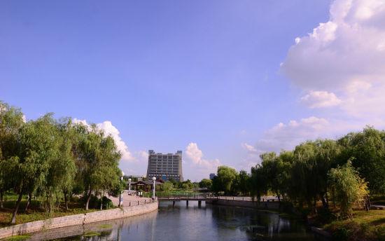 江西别致校园风景线 南昌工程学院角落里的美景