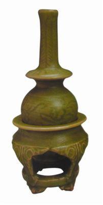 陶瓷鉴赏:元代龙泉窑青瓷吉瓶赏析