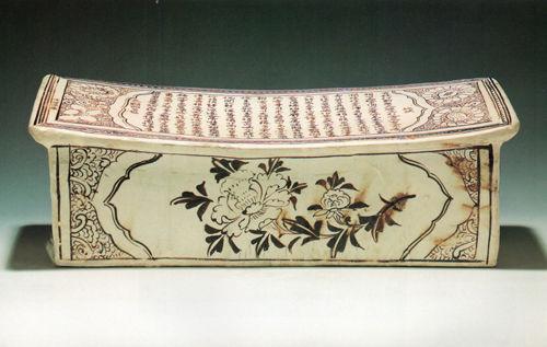 南越王博物馆藏十最陶瓷枕