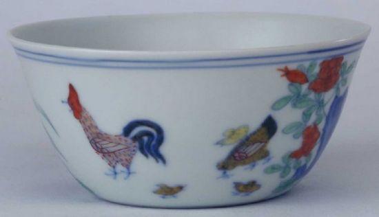 瓷器鉴定:明成化官窑斗彩鸡缸杯