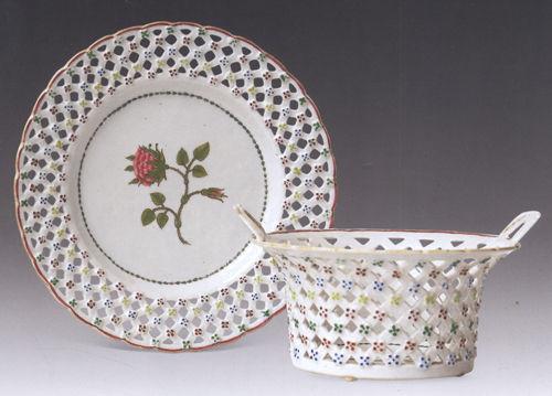 18世纪中国瓷器上的西洋花卉装饰