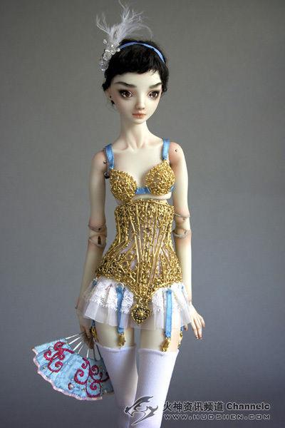 俄罗斯女艺术家的陶瓷娃娃美到窒息