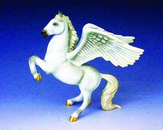 菲仕乐Herend瓷器推出马雕塑