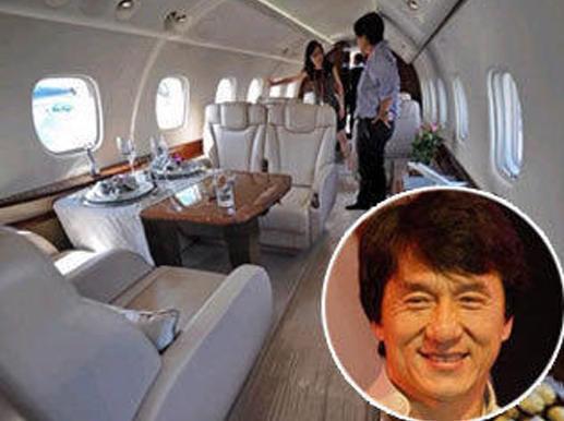 成龙私人飞机内部