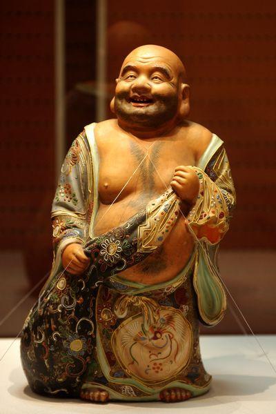 日本精美萨摩烧布袋和尚鉴赏