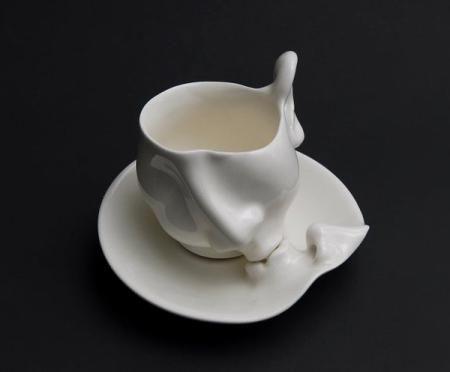 生动的陶瓷雕塑艺术好似一幅定格的帧动画