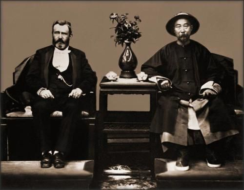 百年前3D照片曝光巨人太监与清宫女子合照