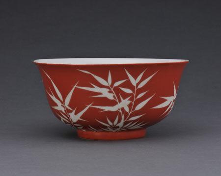 清宣统瓷器艺术特征探赏