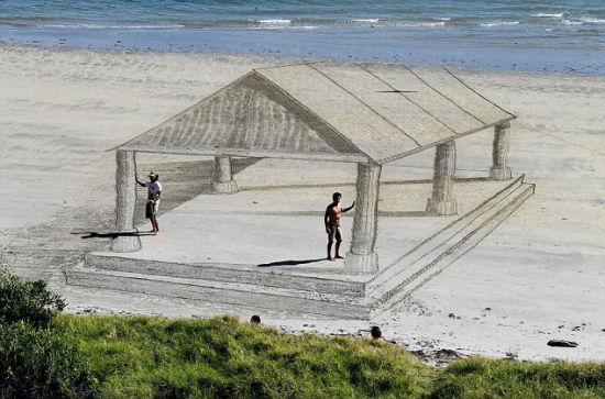 新西兰艺术家沙滩上创作震撼3D画