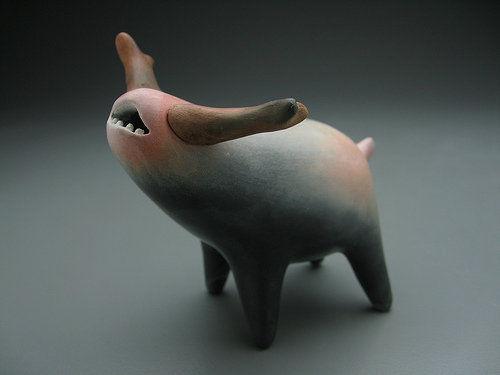 创意陶瓷奇特生物的陶瓷作品
