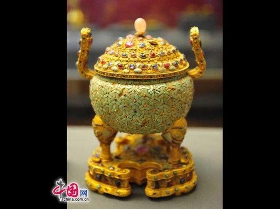 清代皇帝后妃御用金器