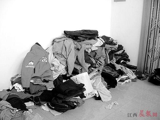 因处理旧衣消耗人力物力等原因,南昌多数捐助站停止接收旧衣。资料图