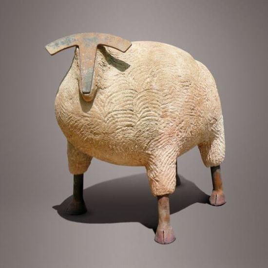 法国艺术家陶瓷烧造蠢萌动物
