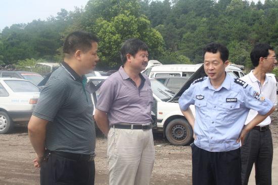 整治工作领导小组副组长郑琳清亲临现场