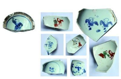 明末古瓷片上印婴戏图:多有蹴鞠之戏