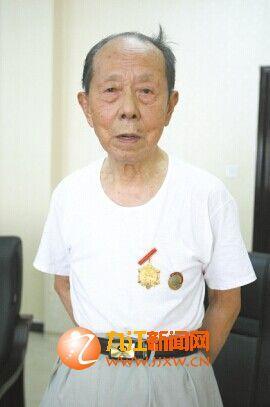 93岁的张老身体健朗