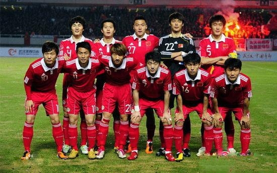 中国足球队vs马里队_中国国家队vs新西兰国家队男子足球赛
