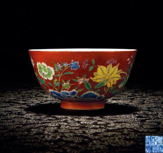 珐琅彩瓷器的工艺特点及主要特征