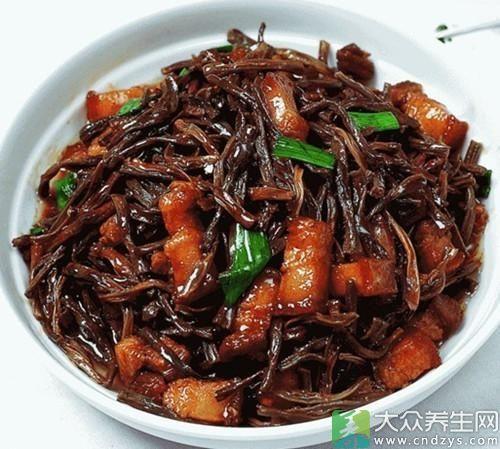 干豆角炖五花肉-口水直流三千尺 五花肉的N种销魂吃法