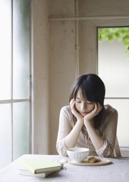 食欲不振的刺激表现女生的3种食欲_新浪九江做给方法在说什么你图片