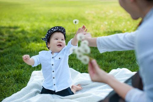 如何帮助宝宝提高记忆力 四类食物益处多